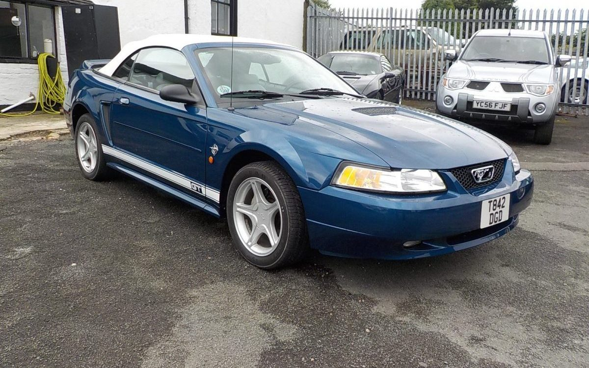 1999 FORD MUSTANG 4.6 LITRE 35TH ANNIVERSARY MODEL 29,000 MILES