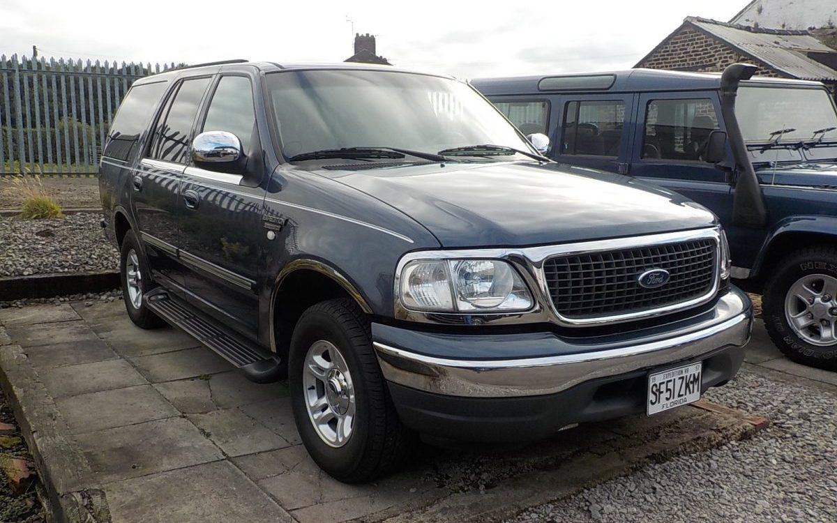 2001 FORD EXPEDITION 4.6 LITRE 2WD AUTO