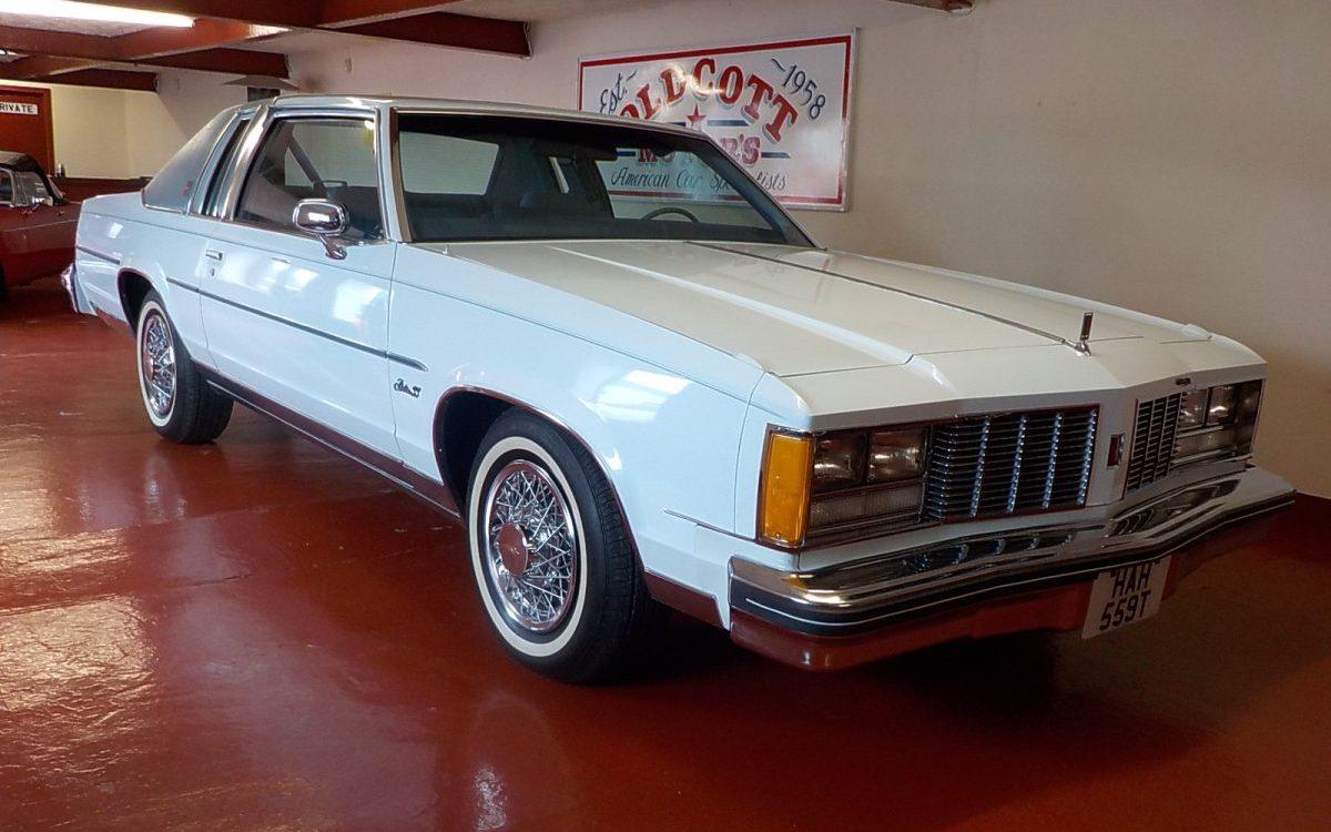 1979 OLDSMOBILE DELTA 88 2 DOOR 5 7 LITRE AUTO 36,000 MILES