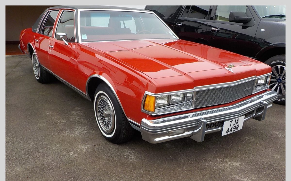 1977 CHEVROLET CAPRICE CLASSIC 5.O LITRE AUTOMATIC