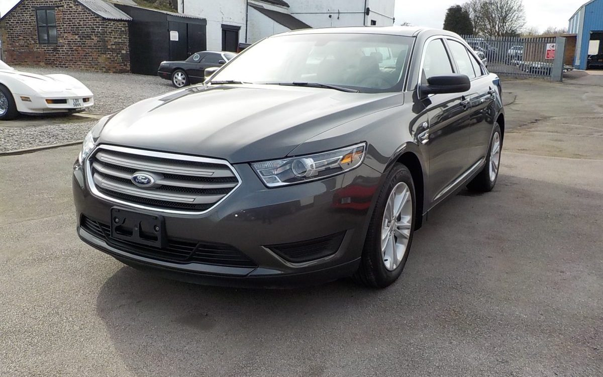 2017 FORD TAURUS SE 3.5 LITRE V6 AUTOMATIC
