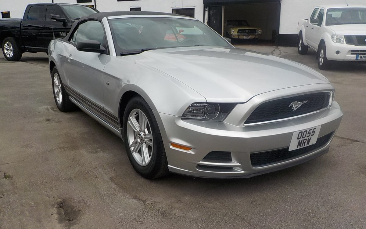 2014 FORD MUSTANG CONVERTIBLE 3.7 LITRE AUTO