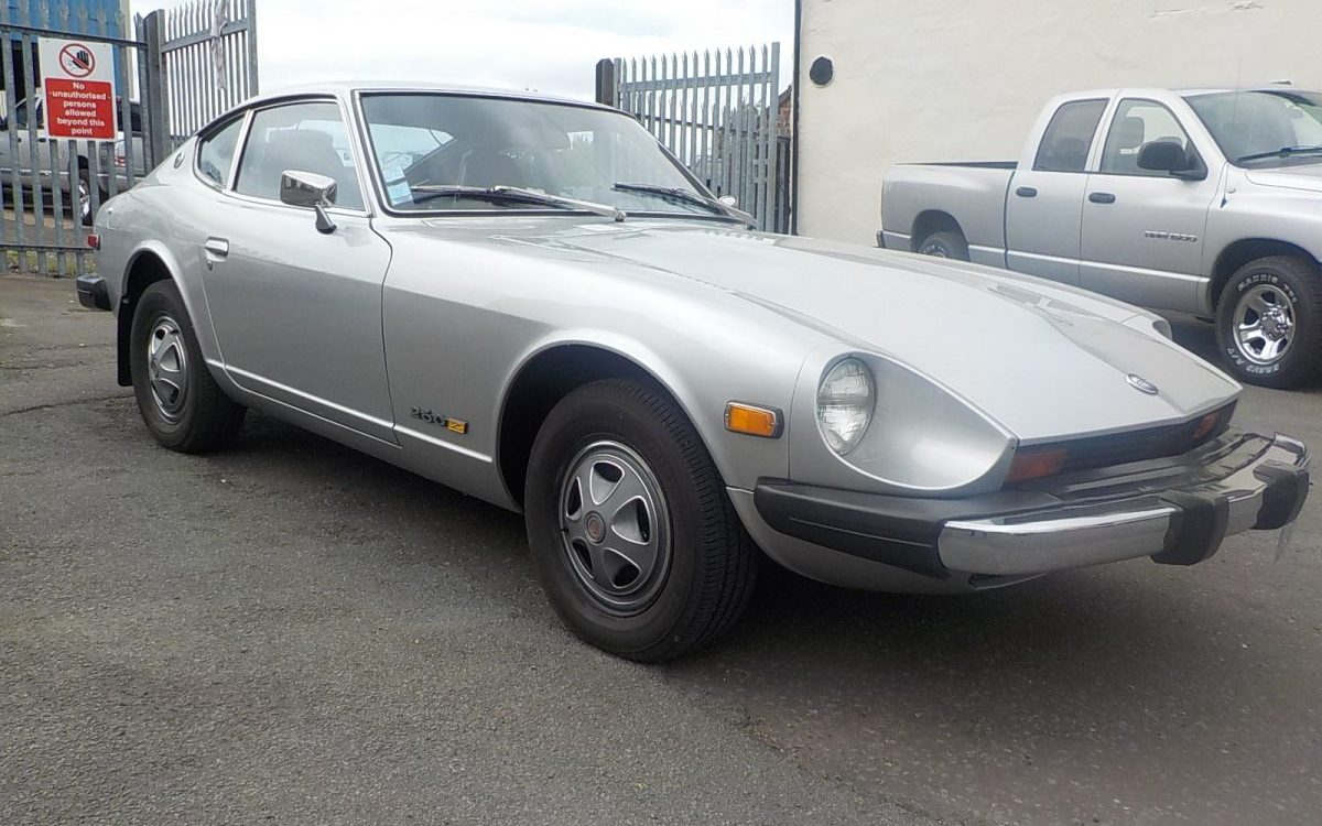 1974 DATSUN 260Z 4 SPEED MANUAL LEFT HAND DRIVE