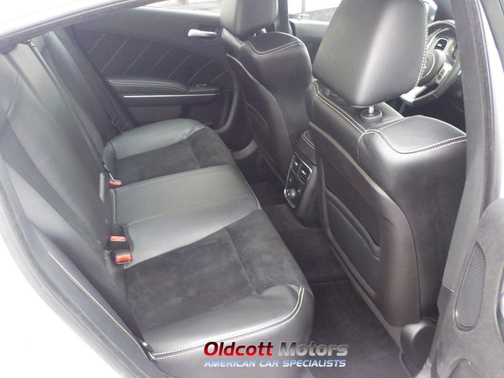 2016 Dodge Charger Whitedscn0779 Oldcott Motors
