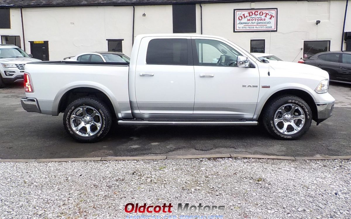 2016 dodge ram 1500 crew cab 5 7 litre hemi auto 4x4 6 seats oldcott motors. Black Bedroom Furniture Sets. Home Design Ideas