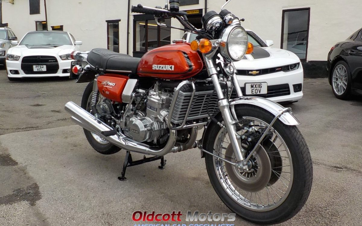 1974 suzuki gt 750 oldcott motors. Black Bedroom Furniture Sets. Home Design Ideas
