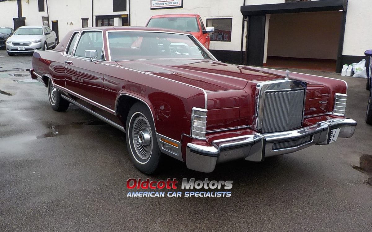1979 LINCOLN TOWN CAR COUPE 6.6 LITRE AUTO 6,OOO MILES