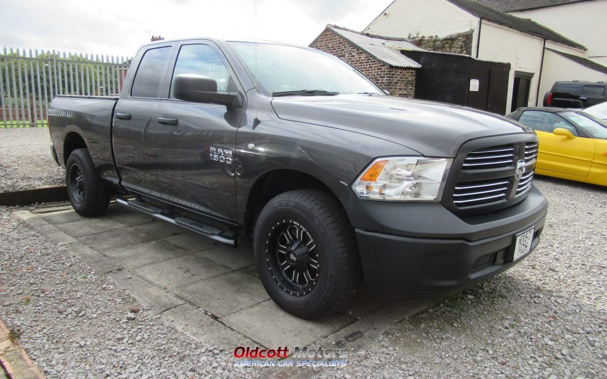 2017 NEW DODGE RAM 1500 QUAD CAB 4X4