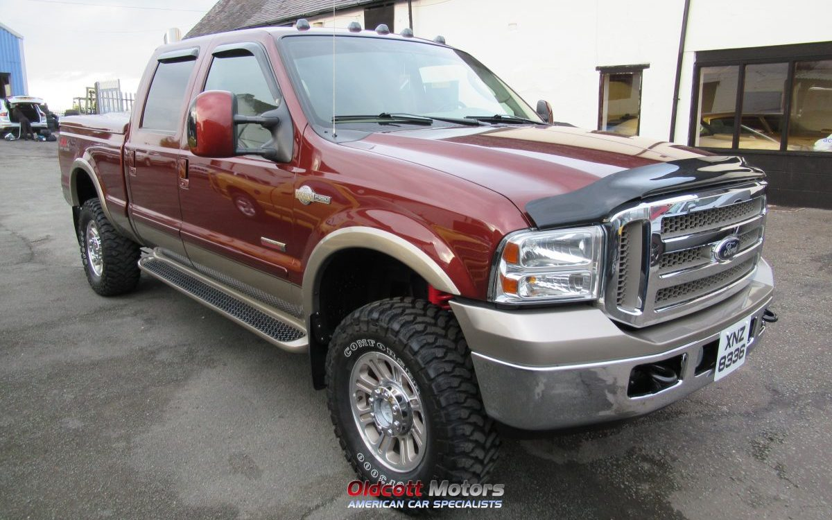 ford  lariat king ranch super duty  litre