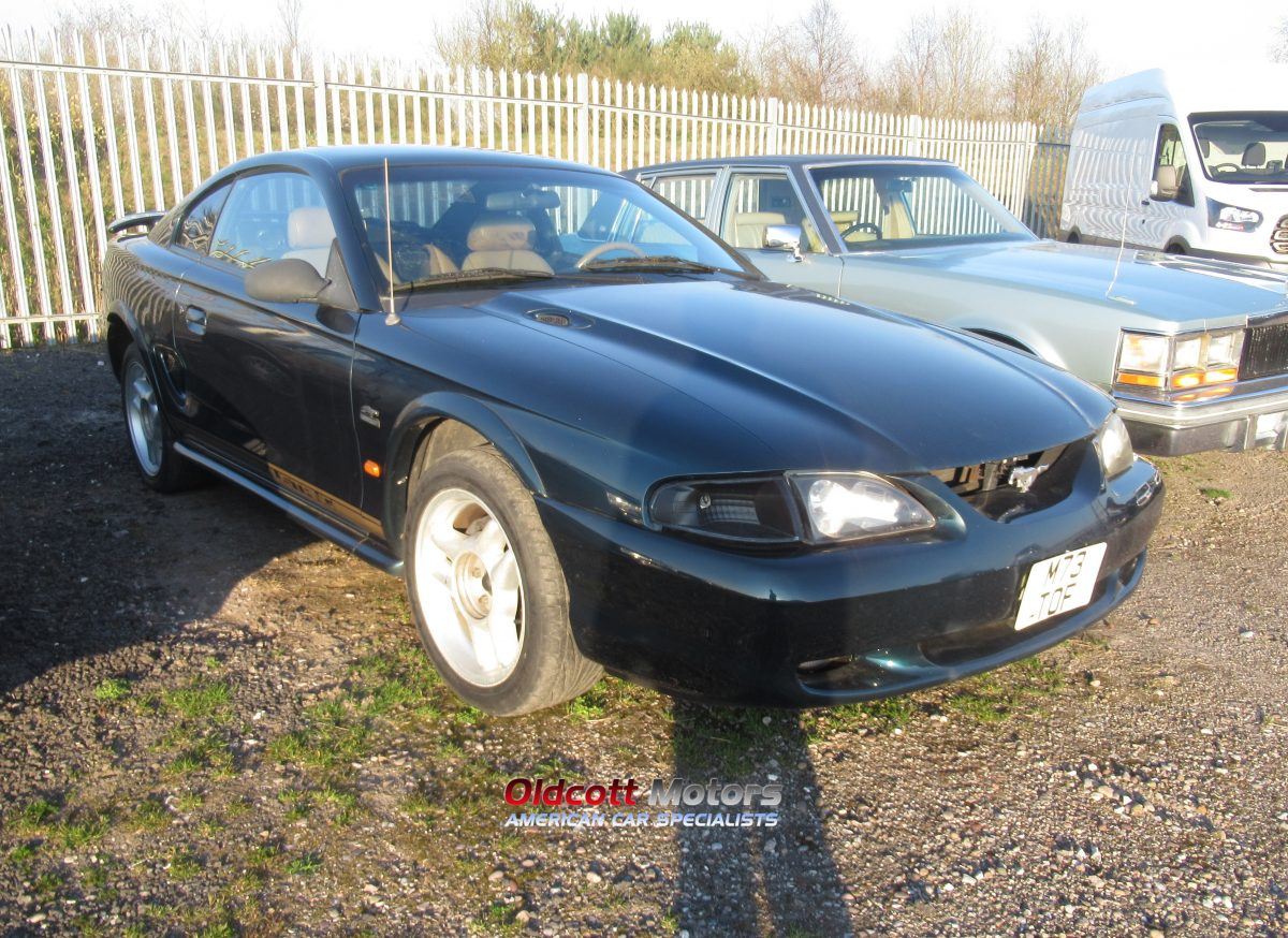 1994 FORD MUSTANG 5.0 LITRE GT AUTOMATIC