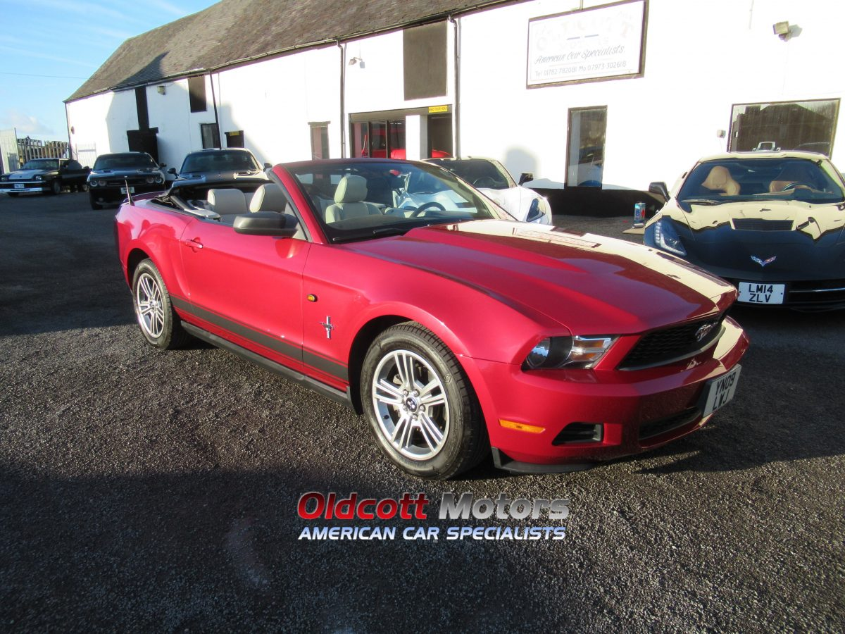 2010 FORD MUSTANG 4.0 LITRE AUTO CONVERTIBLE
