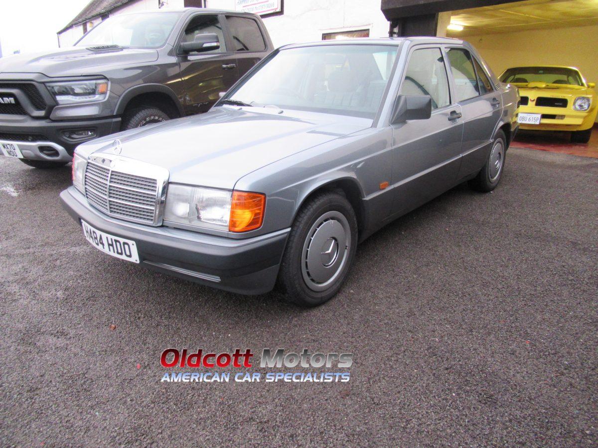 1990 MERCEDES 190E AUTOMATIC