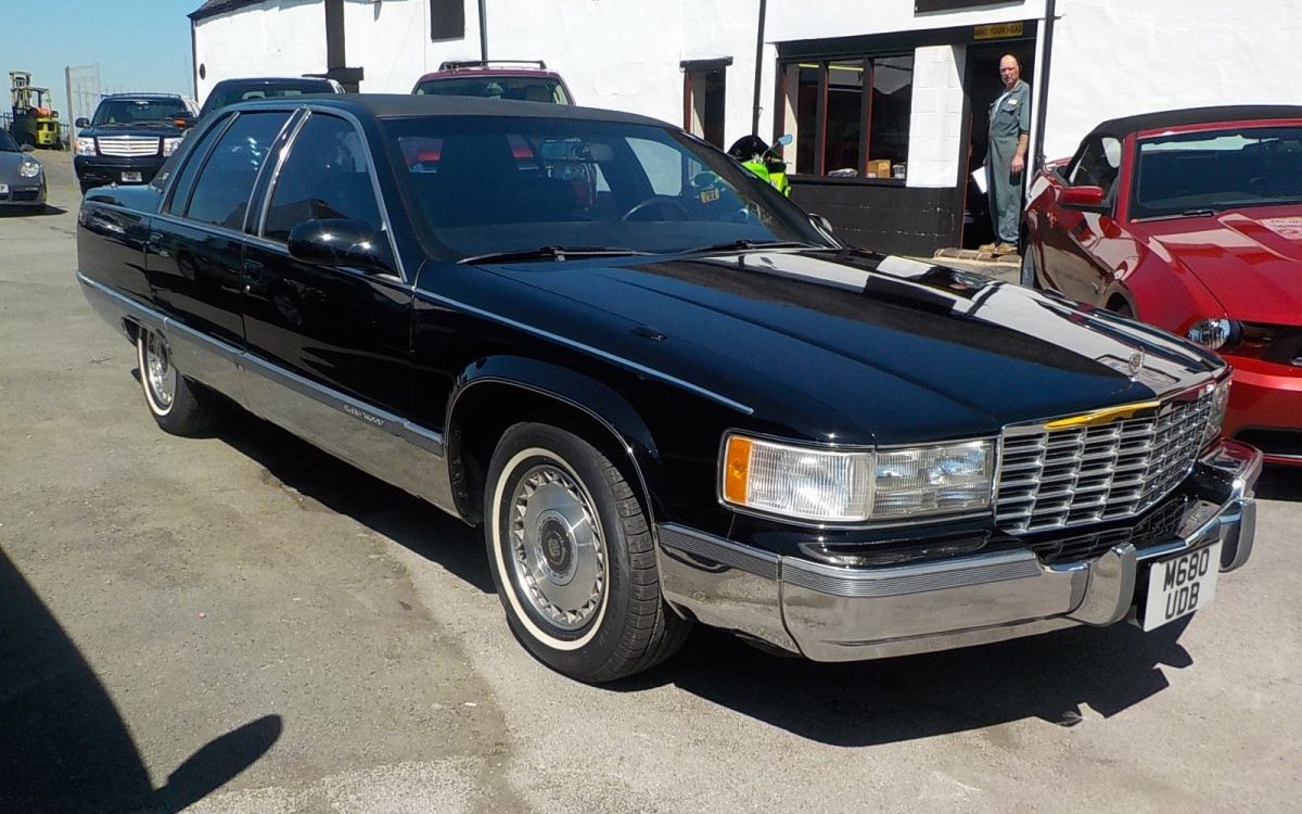 1995 CADILLAC FLEETWOOD 5.7 LITRE LT1 AUTO