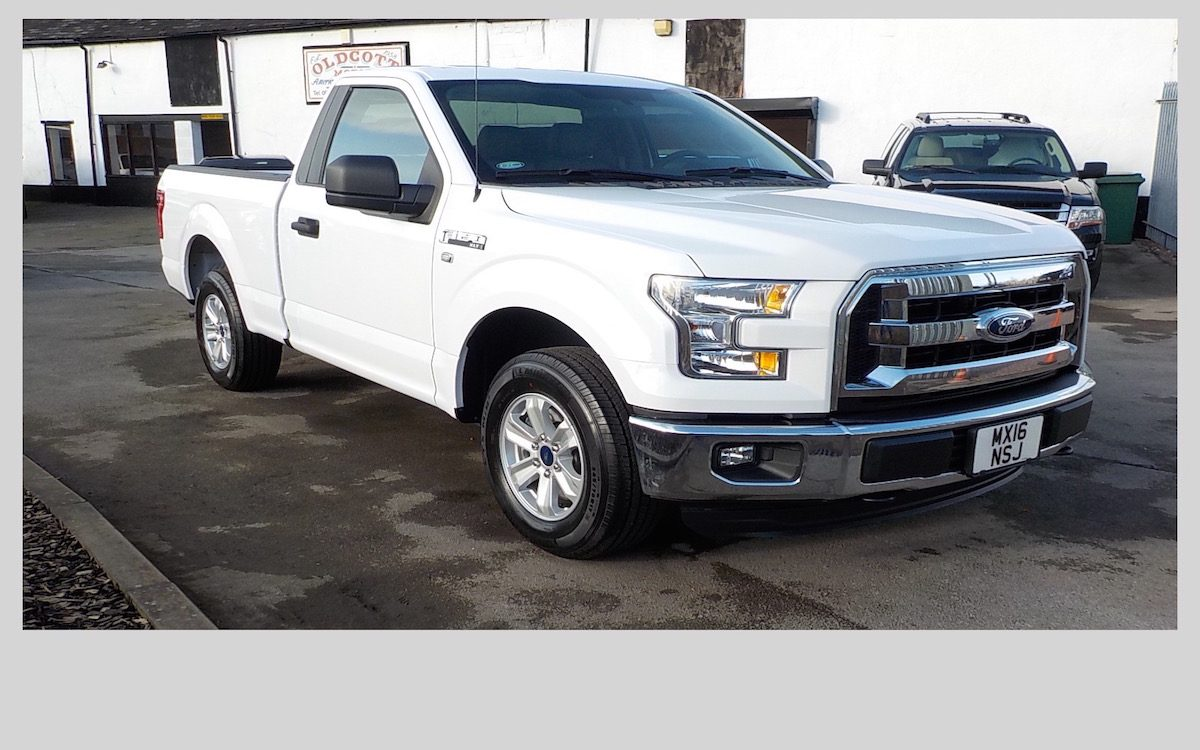 2016 FORD F150 XLT 3.5 LITRE V6 2WD REGULAR CAB SHORT BED