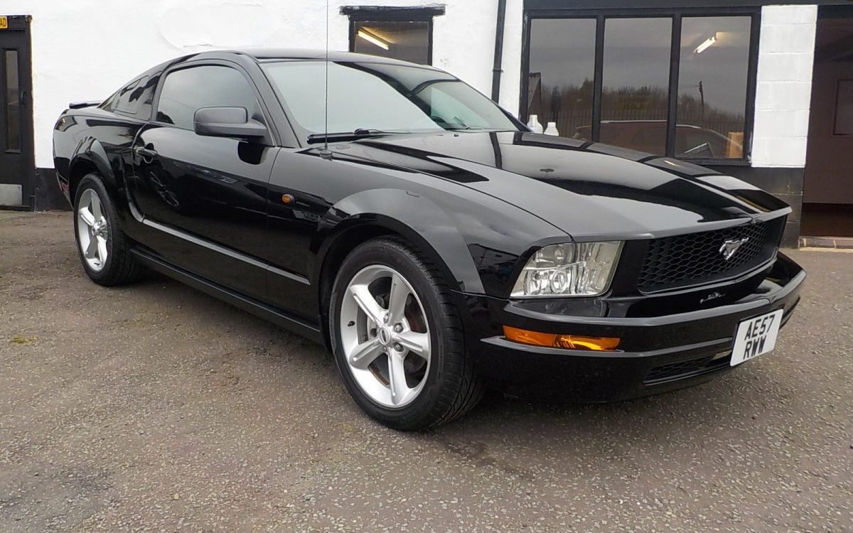 2008 FORD MUSTANG PREMIUM 4.O LITRE V6 MANUAL