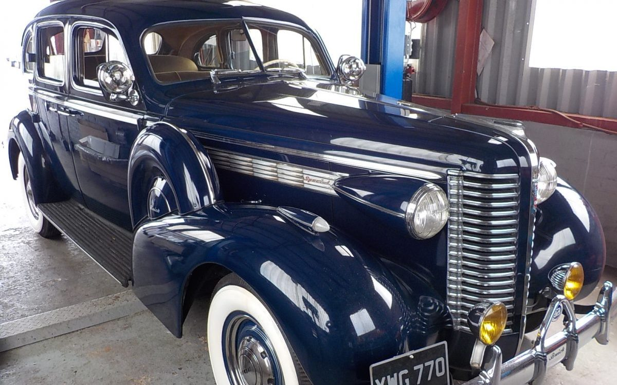 1938 BUICK SPECIAL STRAIGHT 8