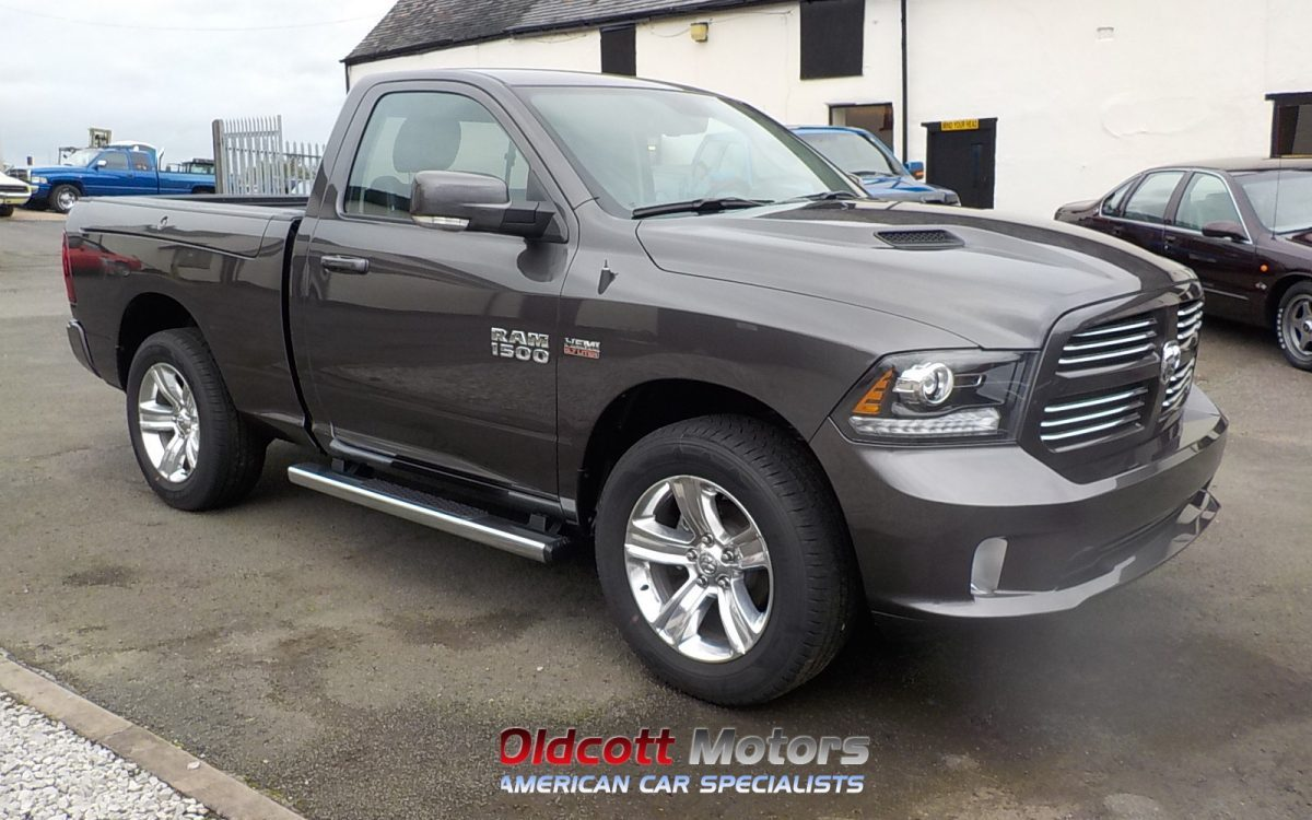 2017 DODGE RAM 5.7 LITRE HEMI 4X4 AUTO REGULAR CAB SHORT BED PICKUP