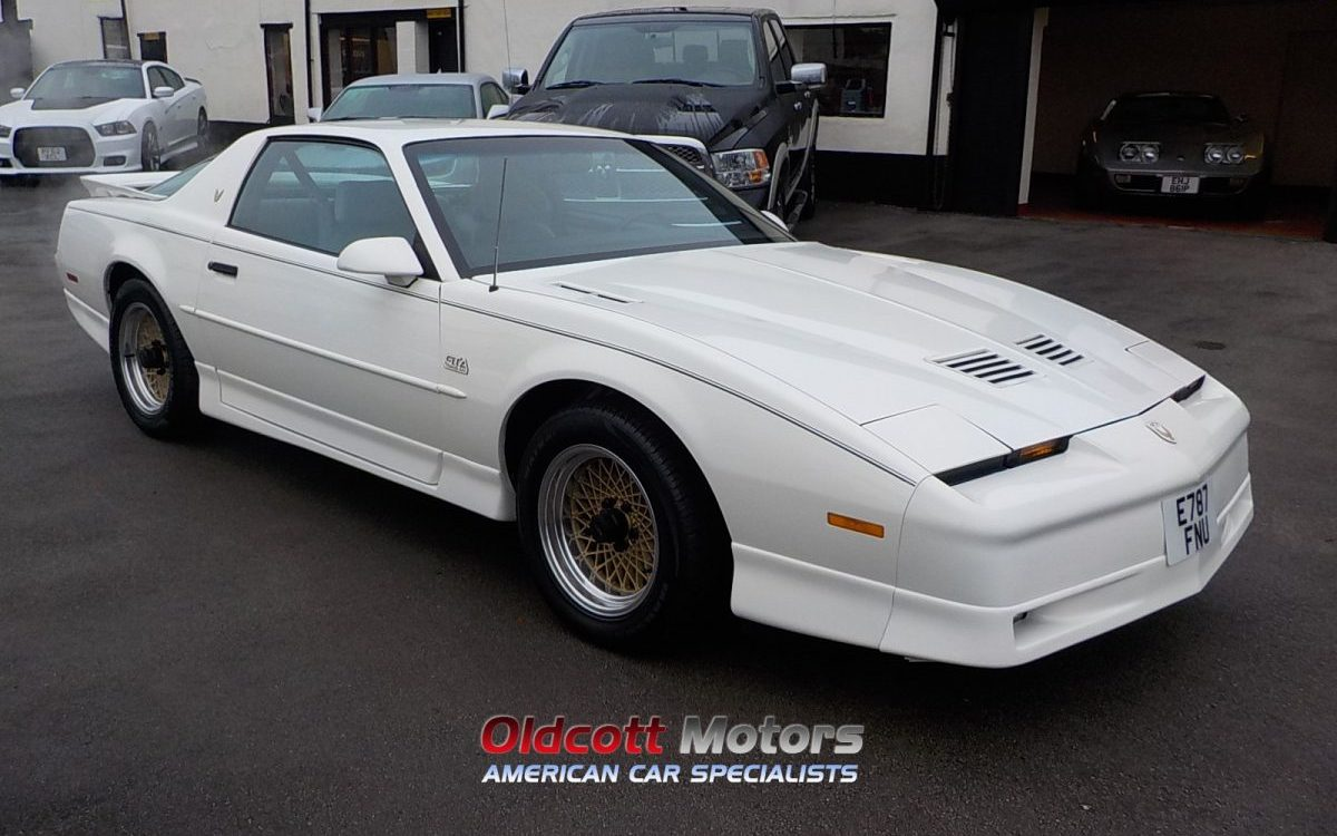 1988 PONTIAC TRANS AM GTA 5.7 LITRE AUTOMATIC