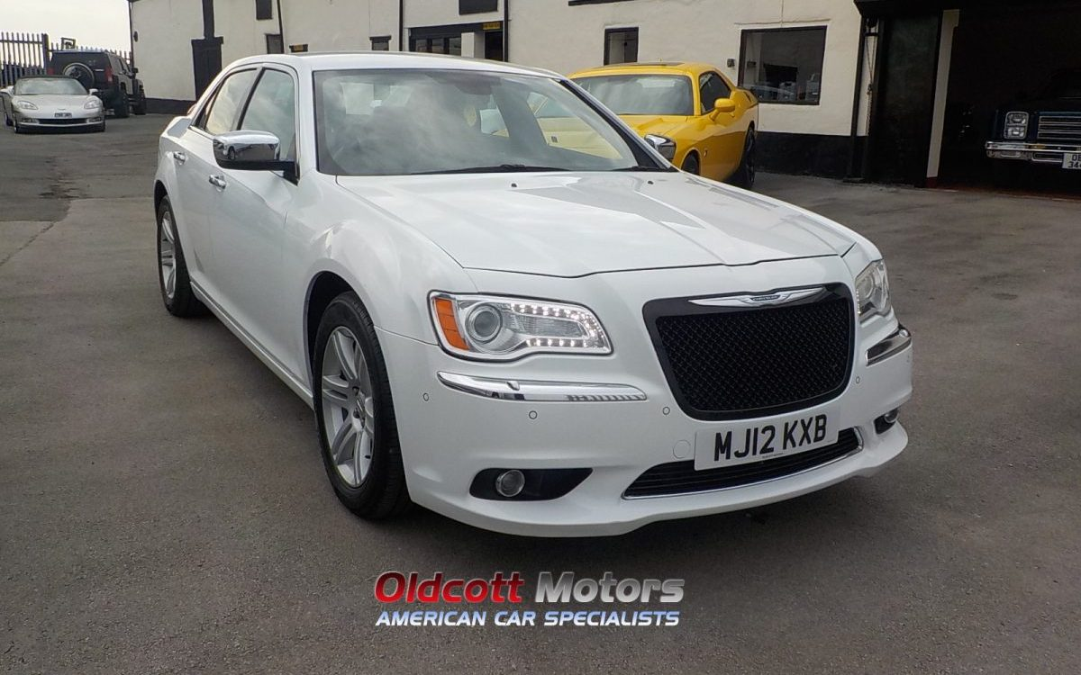 2012 CHRYSLER 300C LIMITED CRD AUTO