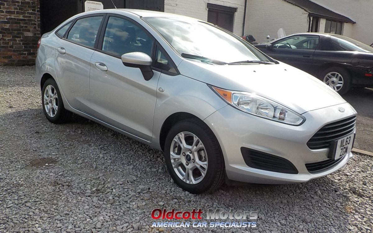 2014 FORD FIESTA 1.6 LITRE PETROL 5 SPEED MANUAL