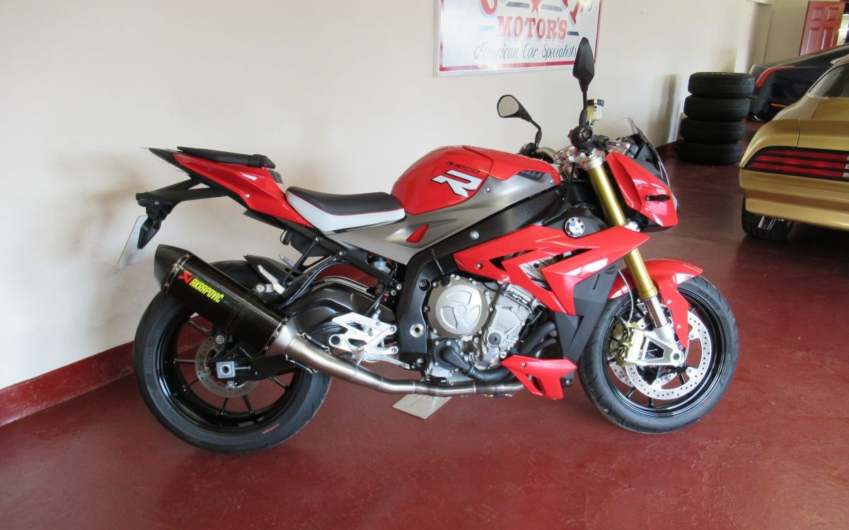 2015 BMW S1000R SPORT 1,000 MILES FROM NEW