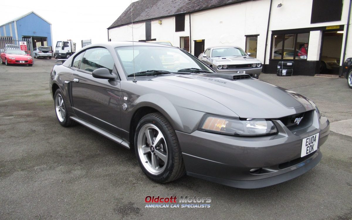 2004 FORD MUSTANG MACH 1 40TH ANNIVERSARY MODEL