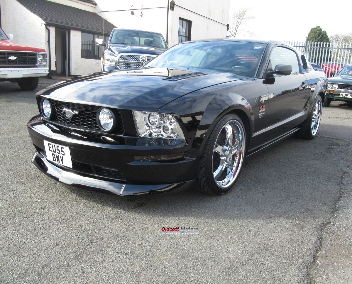 2005 FORD MUSTANG 4.6 LITRE GT SUPERCHARGED