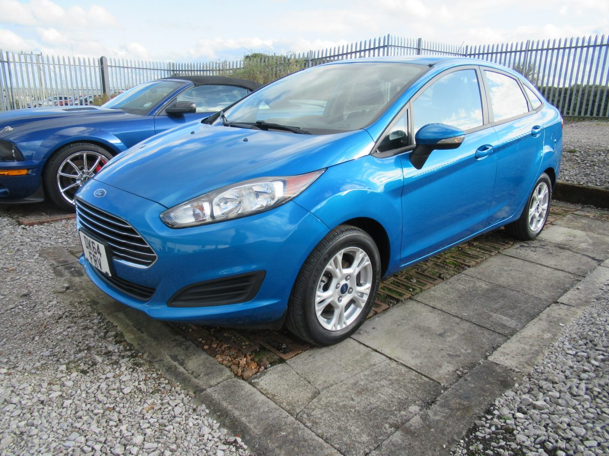 2015 FORD FIESTA 1.6 LITRE PETROL 5 SPEED MANUAL SE 4 DOOR