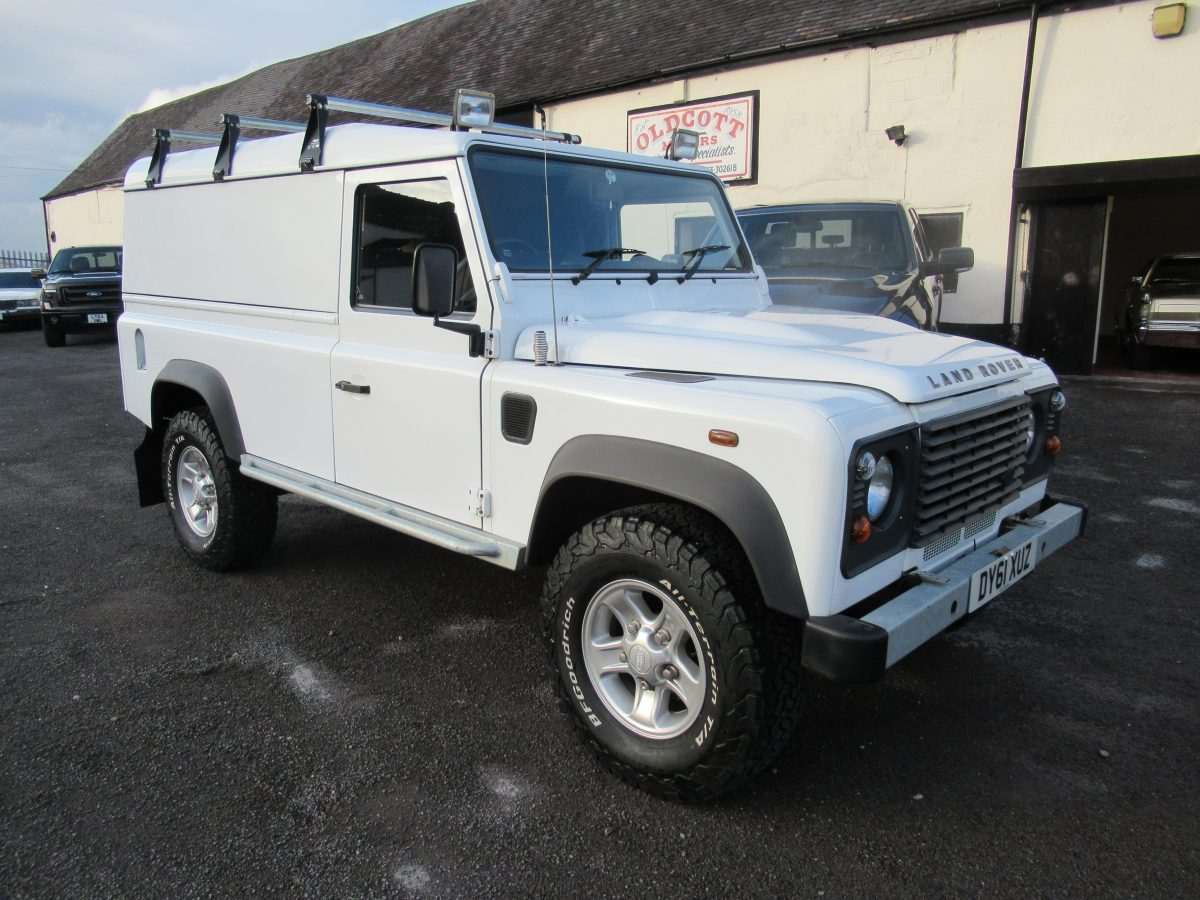 2011 LANDROVER DEFENDER 110 HARD TOP