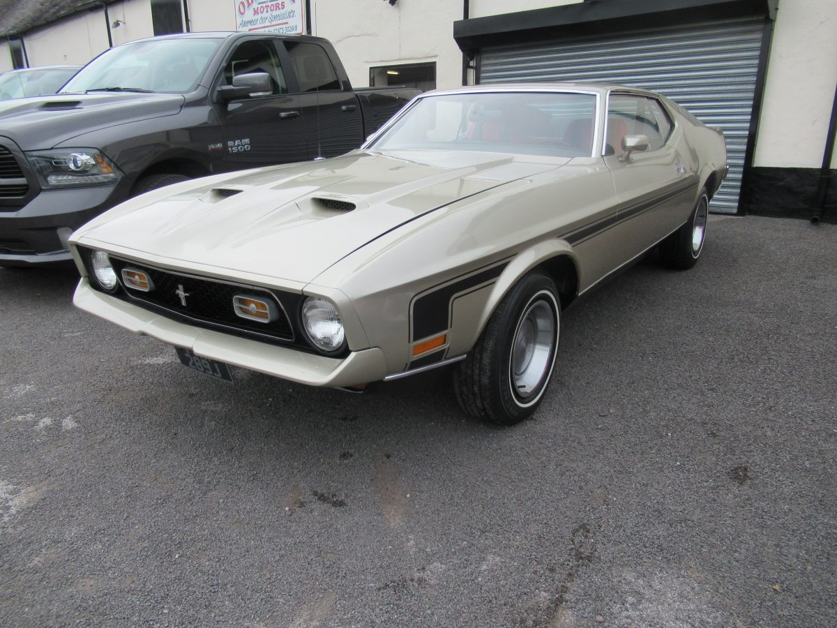 1971 FORD MUSTANG MACH 1 302 AUTO